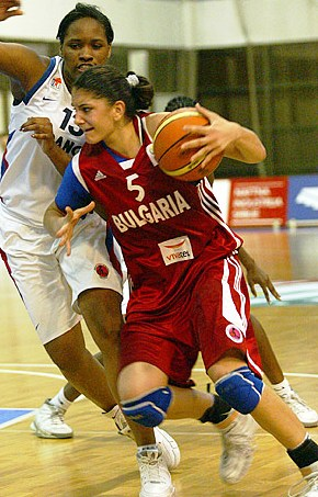 ines-basketball