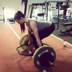 Болезнено откровение: Спрете да тренирате с тежести, ако имате болки в кръста!