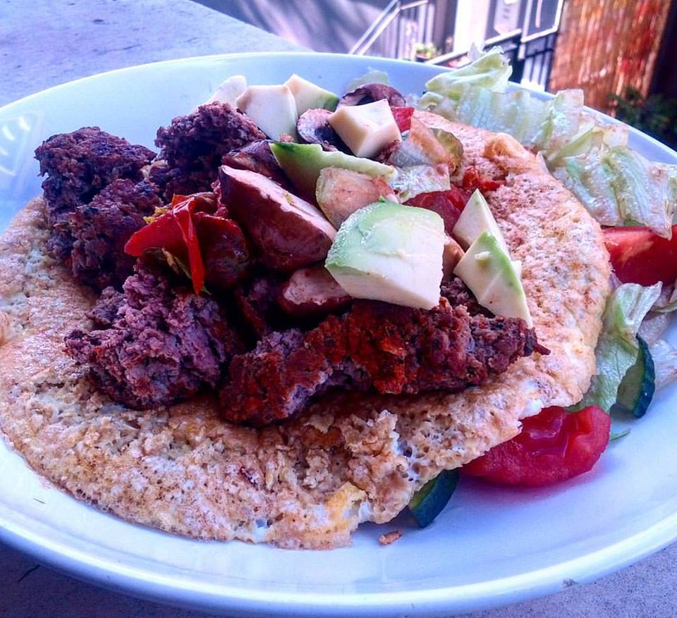 Mexican Taco with Minced Beef and Avocado