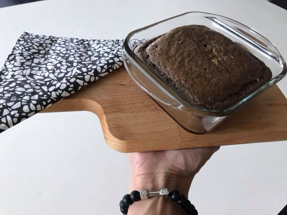 kakaov keks s banani i tahan